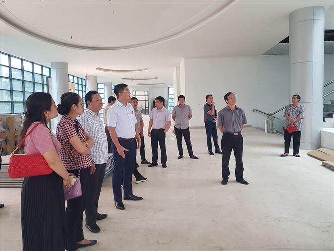Ủy ban MTTQ Việt Nam quận Đống Đa tiến hành giám sát một số dự án xây dựng trên địa bàn quận.