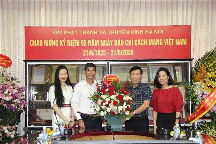 Ủy ban MTTQ Việt Nam thành phố Hà Nội chúc mừng các cơ quan báo chí