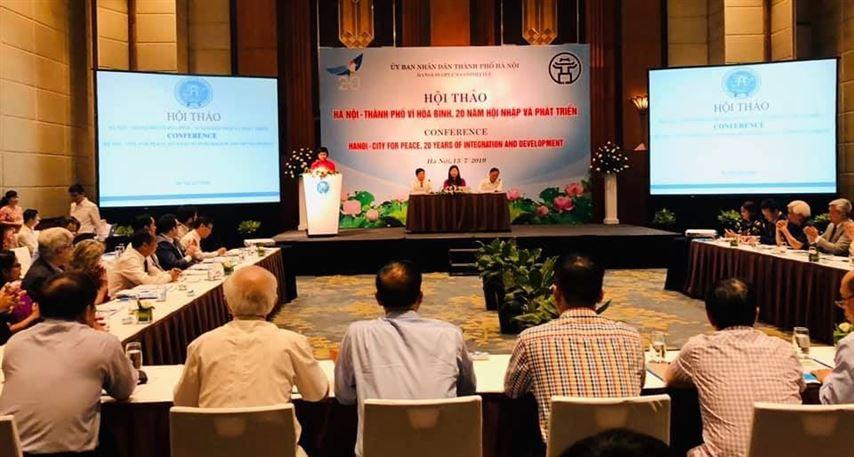 """Hội thảo """"Hà Nội - Thành phố vì hoà bình 20 năm hội nhập và phát triển"""""""