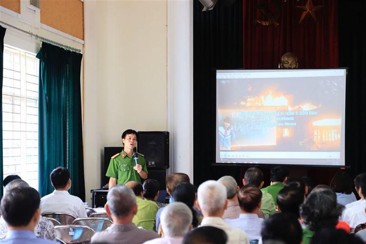 Hội nghị tuyên truyền, phổ biến pháp luật và kiến thức Phòng cháy chữa cháy và cứu nạn cứu hộ trên địa bàn quận Tây Hồ