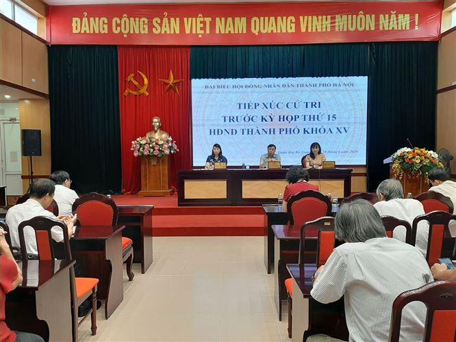 Quận Hai Bà Trưng tổ chức tiếp xúc cử tri với Đại biểu HĐND TP Hà Nội khoá XV trước kỳ họp thứ XV