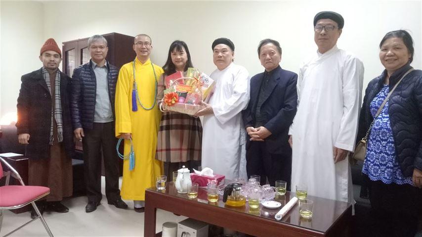Lãnh đạo quận Hai Bà Trưng thăm, chúc Tết các tổ chức tôn giáo