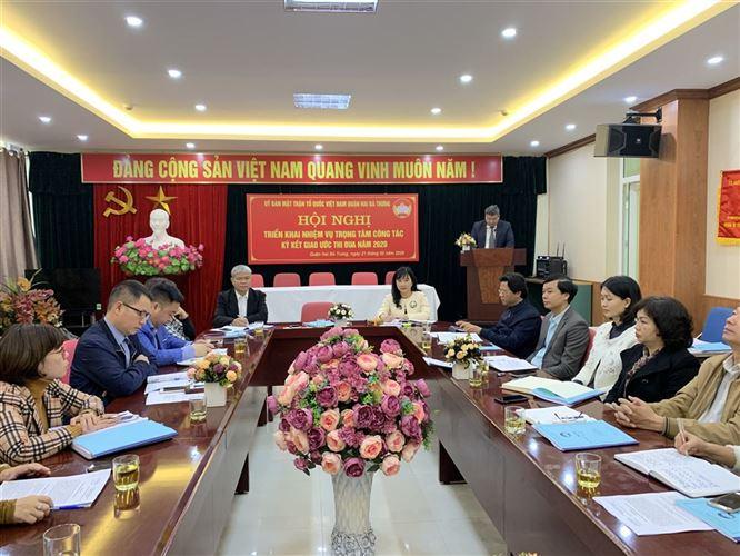 Ủy ban MTTQ quận Hai Bà Trưng đoàn kết, thống nhất cùng giao ước thi đua hoàn thành xuất sắc nhiệm vụ năm 2020