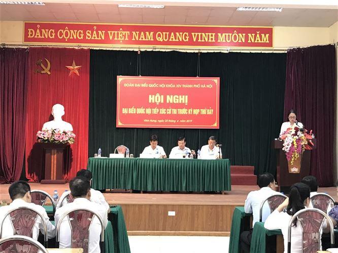 Đại biểu Quốc hội TP Hà Nội đơn vị bầu cử số 4 tiếp xúc với các đại biểu đại diện cử tri của quận Hoàng Mai trước kỳ họp thứ bảy