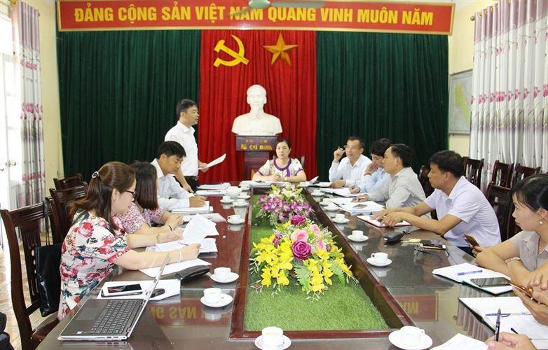 Ủy ban MTTQ Việt Nam huyện Chương Mỹ kiểm tra công tác phòng chống dịch Covid-19 tại xã Lam Điền và Hoàng Diệu