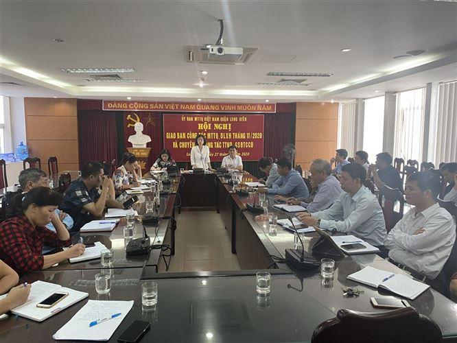 Ủy ban MTTQ Việt Nam quận Long Biên tổ chức hội nghị giao ban công tác MTTQ, dư luận xã hội tháng 11