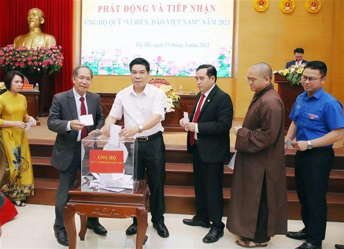 """Tây Hồ chung tay ủng hộ Quỹ """"Vì biển đảo Việt Nam"""" năm 2021"""