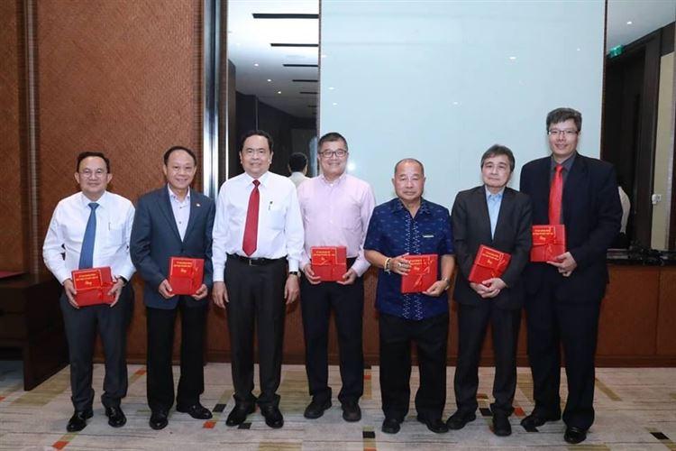 Gìn giữ văn hoá Việt trong trái tim kiều bào