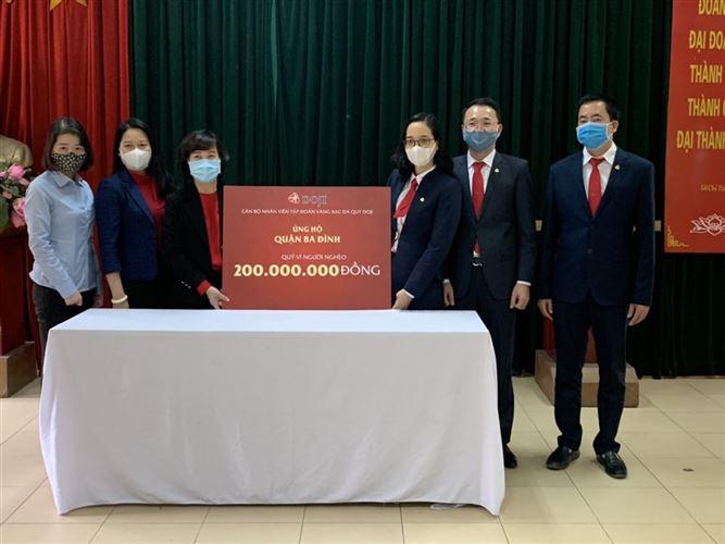 """Quận Ba Đình tiếp nhận trên 200 triệu đồng ủng hộ quỹ """"Vì người nghèo"""""""