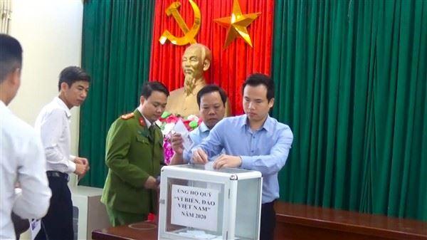 """Huyện Gia Lâm ủng hộ Quỹ """"Vì biển, đảo Việt Nam"""" hơn 1,3 tỷ đồng"""