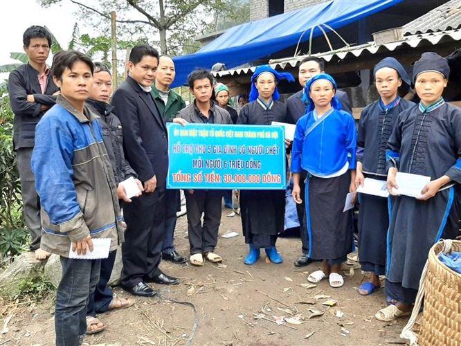 Uỷ ban MTTQ Việt Nam TP Hà Nội hỗ trợ nạn nhân vụ sập tường nhà ở Hoàng Sa Phì, Hà Giang