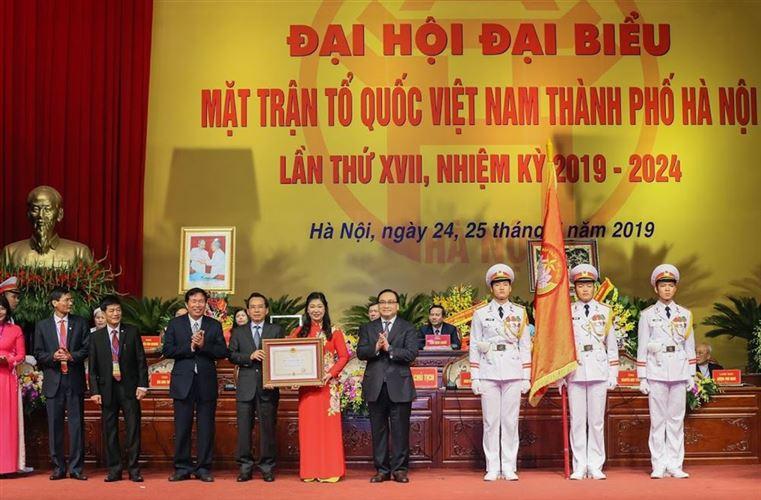 Ủy ban MTTQ Việt Nam TP Hà Nội đón nhận Huân chương Độc lập hạng Nhất