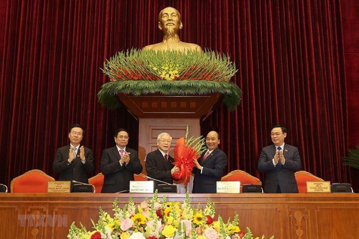 Đồng chí Nguyễn Phú Trọng được tín nhiệm bầu làm Tổng Bí thư Ban Chấp hành Trung ương Đảng khóa XIII