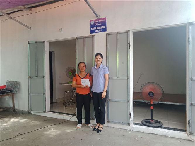 Huyện Ba Vì quan tâm, chăm lo, giúp đỡ người nghèo.