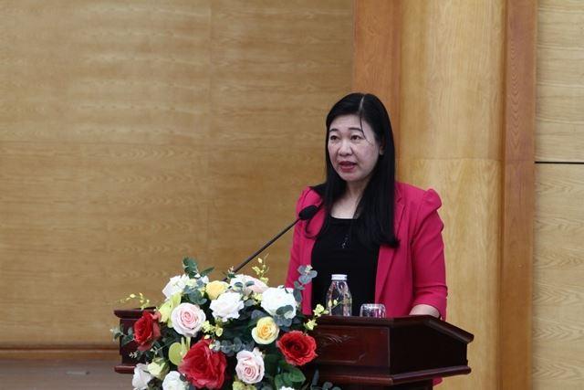 Chủ tịch Ủy ban MTTQ Việt Nam thành phố Hà Nội tiếp xúc với cử tri quận Tây Hồ, đơn vị bầu cử số 5 HĐND Thành phố