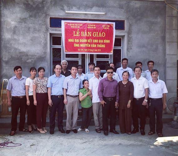 Huyện Sóc Sơn bàn giao nhà Đại đoàn kết cho gia đình ông Nguyễn Văn Thắng tại xã Nam Sơn