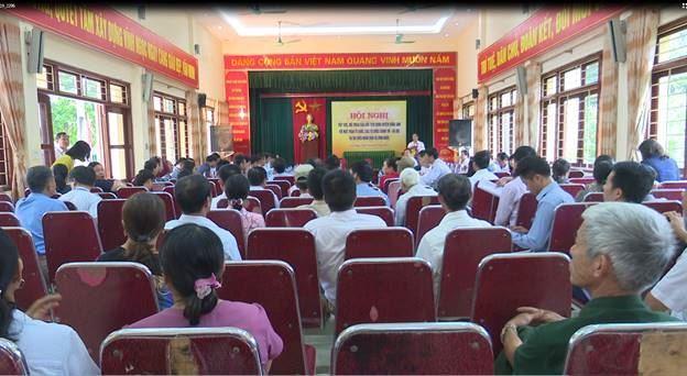 Đông Anh tổ chức hội nghị đối thoại giữa Chủ tịch UBND huyện với MTTQ, các tổ chức chính trị xã hội và nhân dân xã Vĩnh Ngọc.