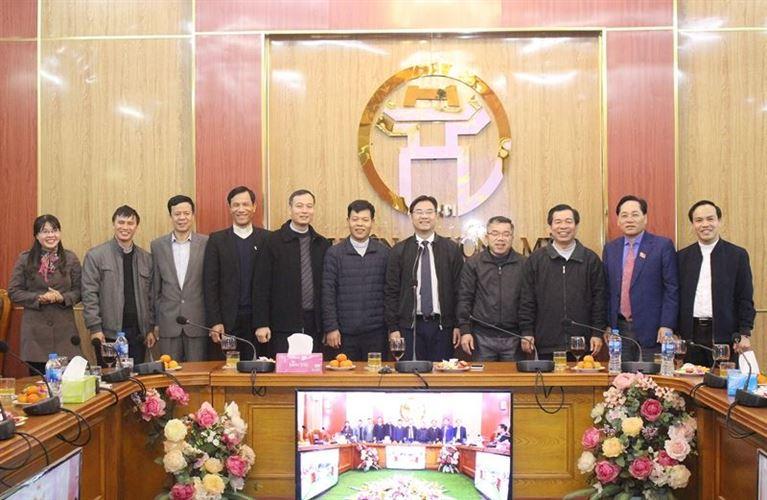 Đoàn đại biểu các vị Linh mục, Hội đồng mục vụ các giáo xứ Công giáo thăm và chúc tết huyện Chương Mỹ