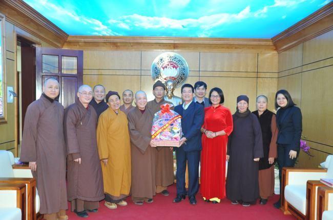 Ban Trị sự Giáo hội Phật giáo Việt Nam TP Hà Nội thăm và chúc Tết Ủy ban MTTQ Việt Nam thành phố Hà Nội