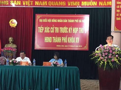 Đại biểu HĐND thành phố Hà Nội tiếp xúc với cử tri Sơn Tây trước kỳ họp thứ 9.