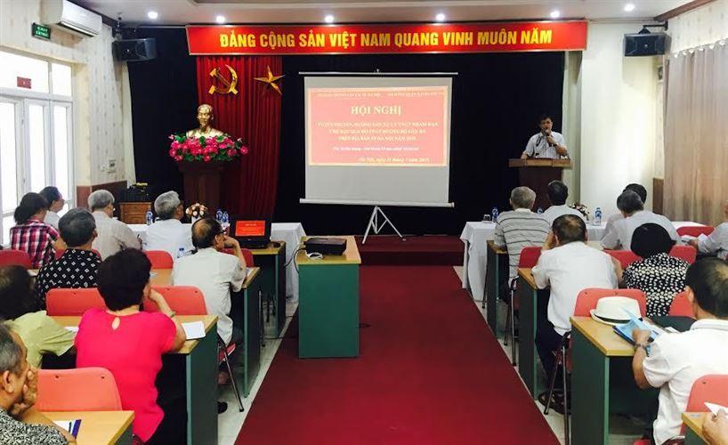 Ủy ban MTTQ Việt Nam quận Hai Bà Trưng tuyên truyền, hướng dẫn xử lý tai nạn giao thông nhằm hạn chế hậu quả do tai nạn giao thông gây ra