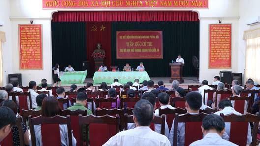 Tổ đại biểu HĐND TP Hà Nội tiếp xúc cử tri sau kỳ họp thứ 9 HĐND TP khóa XV, nhiệm kỳ 2016 - 2021 tại huyện Mê Linh