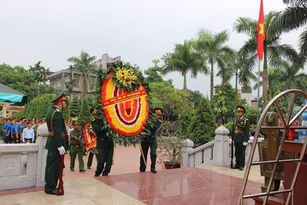 Quận Hoàng Mai tổ chức viếng nghĩa trang Liệt sỹ Ngọc Hồi nhân dịp Kỷ niệm 72 năm Ngày Thương binh - Liệt sĩ (27/7/1947 - 27/7/2019)