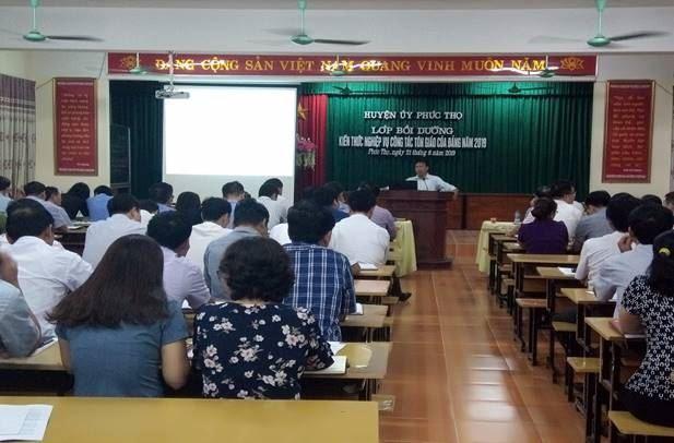Huyện Phúc Thọ tổ chức tập huấn công tác tôn giáo, tín ngưỡng năm 2019
