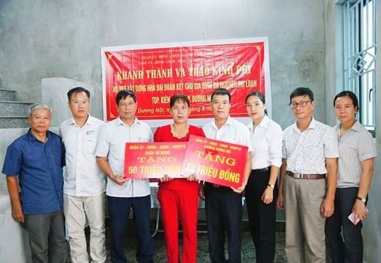 Quận Hà Đông thêm một hộ nghèo phường Dương Nội được hỗ trợ kinh phí xây dựng nhà ở