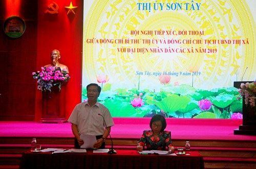 Thị xã Sơn Tây tổ chức đối thoại giữa đồng chí Bí thư Thị ủy và và Chủ tịch UBND thị xã với đại diện nhân dân 6 xã.