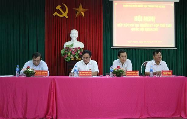 Đại biểu Quốc hội tiếp xúc cử tri tại xã Tuyết Nghĩa, huyện Quốc Oai
