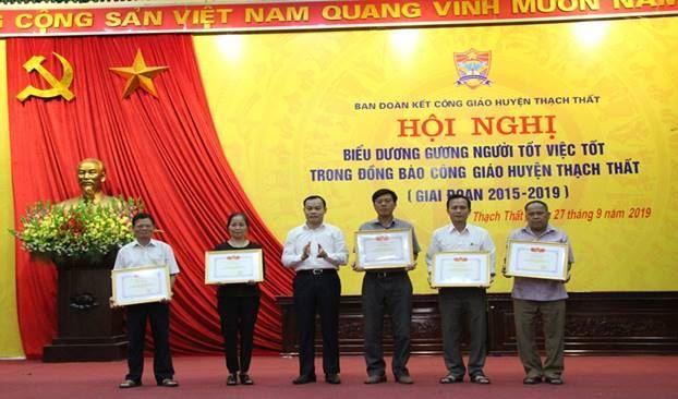Hội nghị biểu dương phong trào thi đua yêu nước trong đồng bào Công giáo huyện Thạch Thất, giai đoạn 2015 – 2019