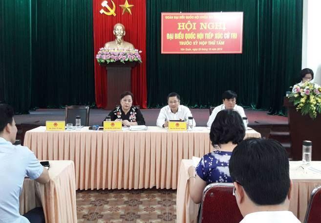 Đại biểu Quốc hội TP Hà Nội tiếp xúc cử tri quận Hà Đông trước kỳ họp thứ 8 Quốc hội khóa XIV