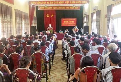 Đoàn đại biểu Quốc hội TP Hà Nội tiếp xúc với cử tri thị xã Sơn Tây trước kỳ họp thứ 8.