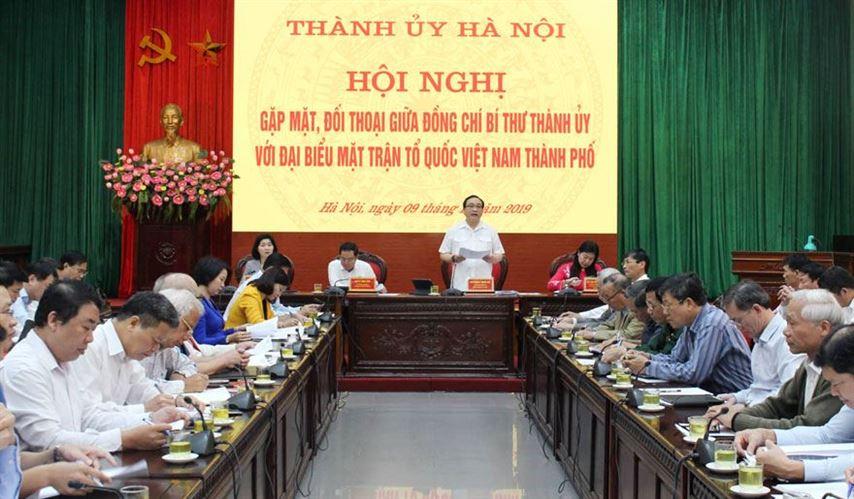 Bí thư Thành ủy Hoàng Trung Hải đối thoại với đại biểu MTTQ Việt Nam thành phố
