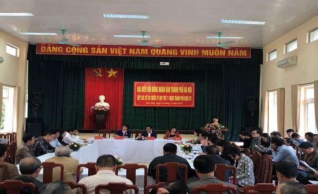 Quận Cầu Giấy tổ chức tiếp xúc cử tri với Đại biểu HĐND TP Hà Nội khoá XV trước kỳ họp thứ 11