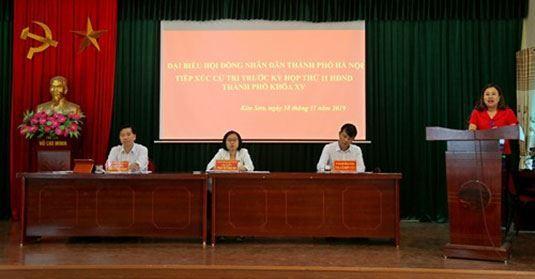 Đại biểu HĐND thành phố Hà Nội tiếp xúc cử tri thị xã Sơn Tây trước kỳ họp thứ 11