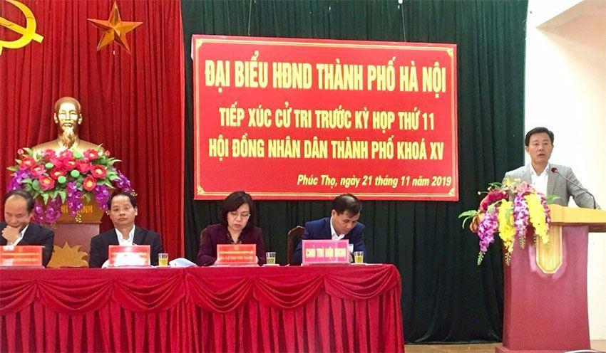 Đồng chí Phó Chủ tịch UBND Thành phố Nguyễn Doãn Toản  tiếp xúc cử tri trước kỳ họp HĐND Thành phố tại huyện Phúc Thọ