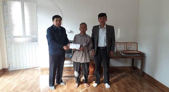 Ủy ban MTTQ Việt Nam huyện Thanh Oai hỗ trợ hộ nghèo xây dựng nhà ở năm 2019