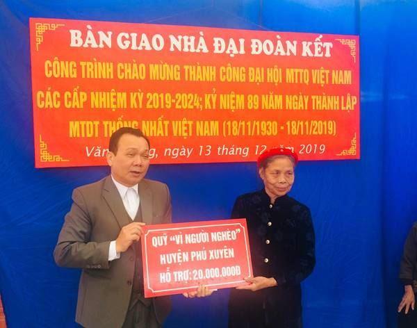 Huyện Phú Xuyên bàn giao nhà Đại đoàn kết cho hộ nghèo năm 2019