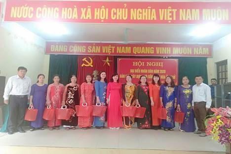 """Ủy ban MTTQ Việt Nam các cấp huyện Thanh Trì hưởng ứng bảo vệ môi trường, ứng phó với biển đổi khí hậu """"Nói không với túi Nilon"""""""