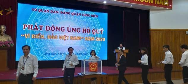 """Quận Long Biên phát động ủng hộ quỹ """"Vì Biển, đảo Việt Nam"""" năm 2020"""