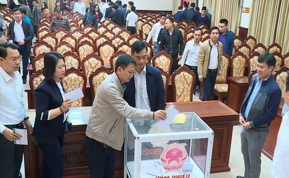 """Huyện Đông Anh quán triệt công tác phòng chống dịch bệnh Covid-19 và phát động ủng hộ quỹ """"Vì biển đảo Việt Nam"""" năm 2020"""