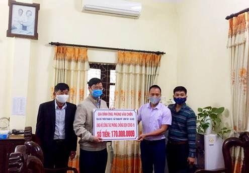 Thị xã Sơn Tây chung tay ủng hộ phòng, chống dịch bệnh Covid-19