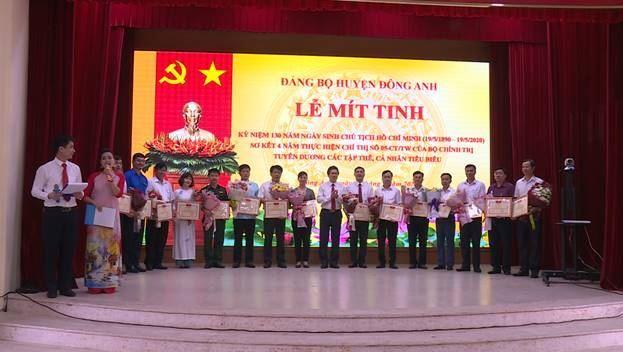 Đông Anh kỉ niệm 130 năm Ngày sinh Chủ tịch Hồ Chí Minh và Sơ kết 4 năm thực hiện Chỉ thị số 05-CT/TW