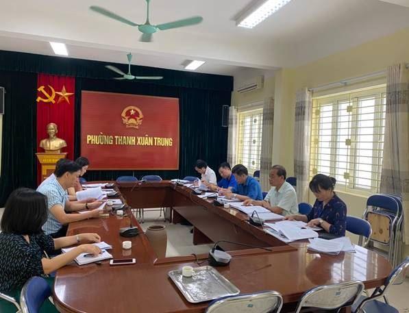 Quận Thanh Xuân giám sát thực hiện các chính sách hỗ trợ người dân gặp khó khăn do đại dịch COVID-19 trên địa bàn quận