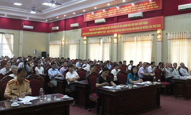 Ủy ban MTTQ Việt Nam huyện Thạch Thất tuyên truyền thực hiện Chỉ thị 05-CT/TW của Bộ Chính trị (khóa XII) chuyên đề năm 2020