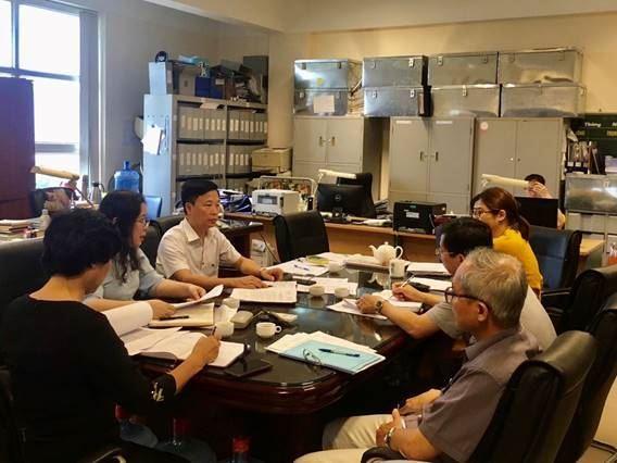 Quận Hoàng Mai giám sát việc thực hiện các chính sách hỗ trợ người dân gặp khó khăn do đại dịch Covid-19