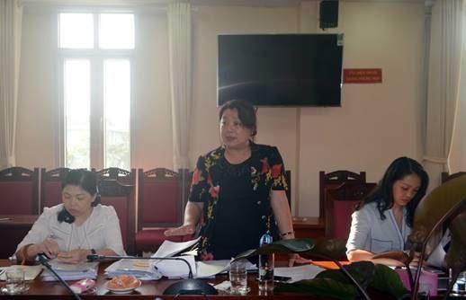 Kiểm tra việc giám sát thực hiện chính sách hỗ trợ người dân gặp khó khăn do đại dịch Covid-19 tại huyện Mê Linh.