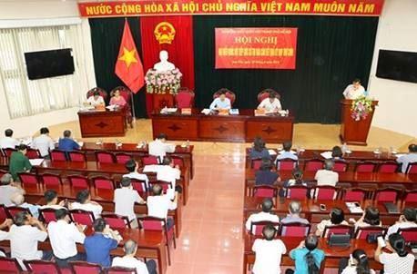 Đại biểu Quốc hội TP Hà Nội tiếp xúc cử tri thị xã Sơn Tây sau kỳ họp thứ 9